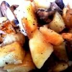 תפוחי אדמה מבושלים עם פטריות ובצל