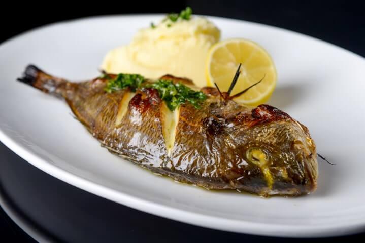 דג דניס של מסעדת FISH, צילום: גליה אבירם