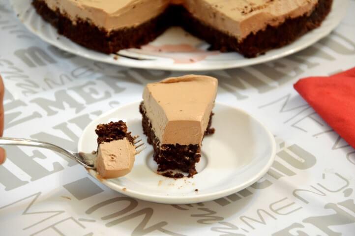 עוגת שוקולד עם קרם