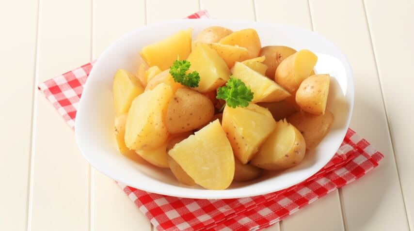 תפוחי אדמה במיקרוגל