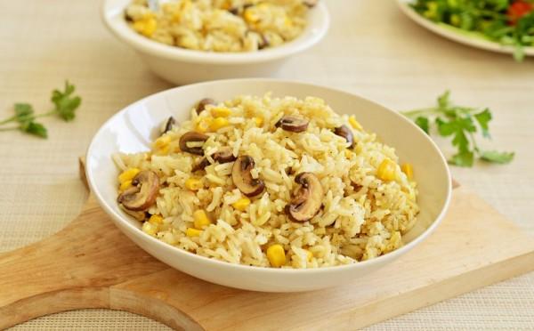 אורז עם פטריות ותירס