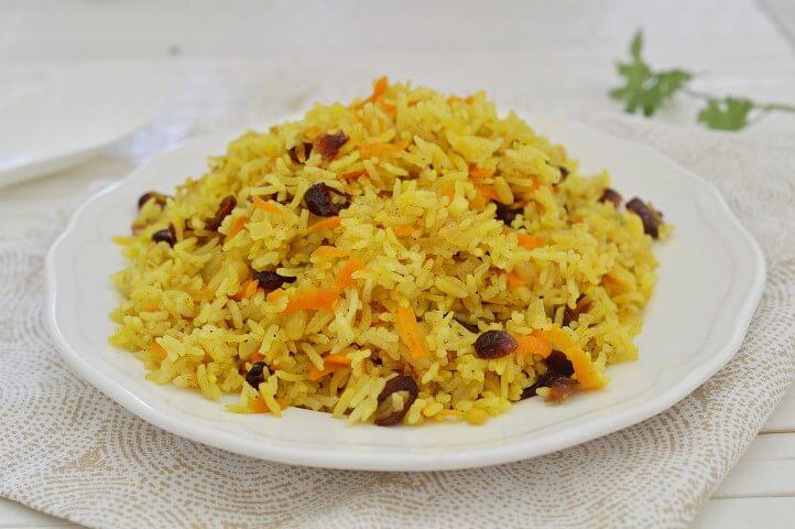 אורז עם חמוציות וגזר