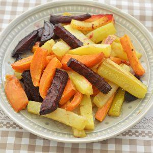 ירקות שורש בשמן זית ושום