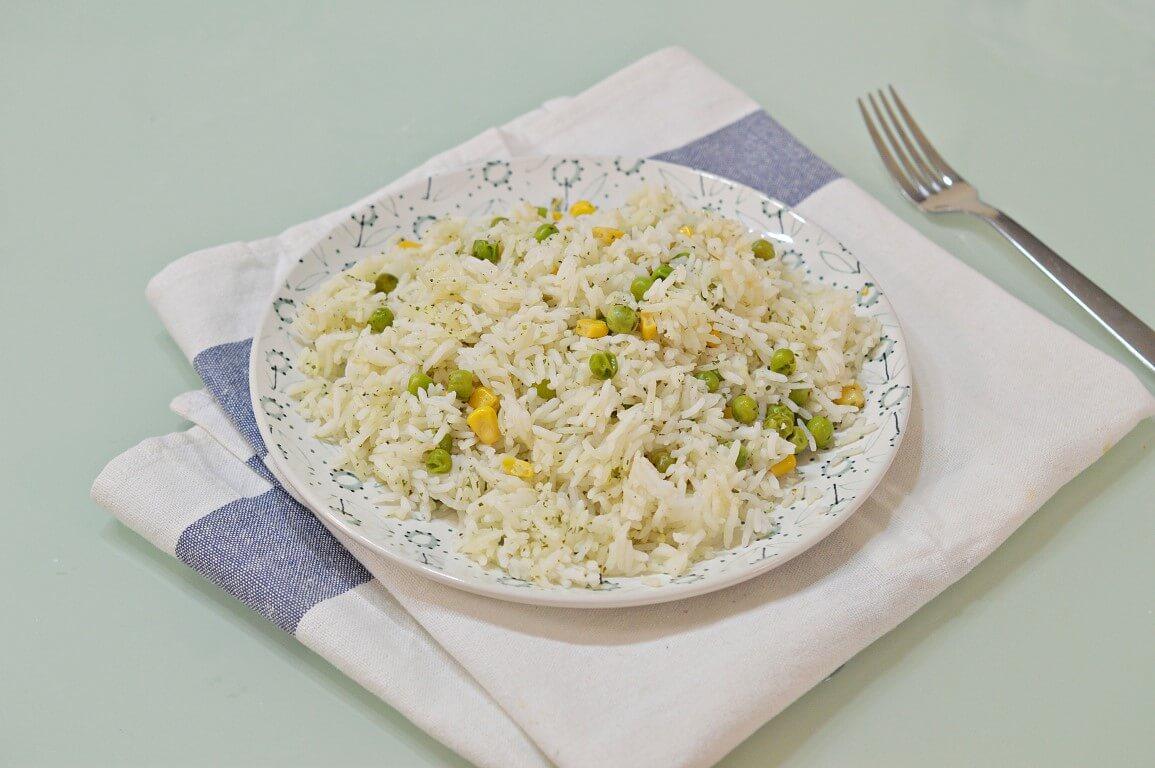 אורז עם תירס ואפונה