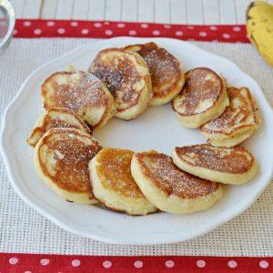 לביבות בננה ויוגורט