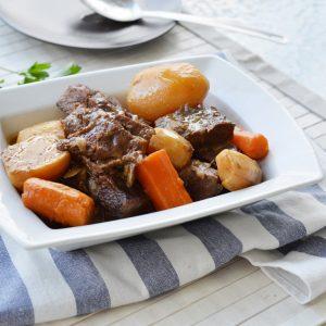 בשר עם ירקות שורש
