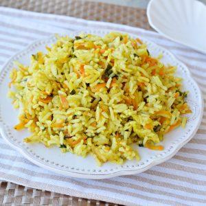 אורז עם עשבי תיבול וגזר