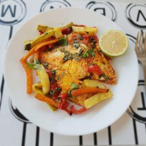 פילה דג עם ירקות בתנור