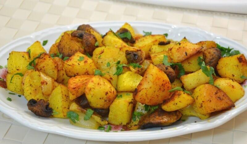 תפוחי אדמה ופטריות בתנור