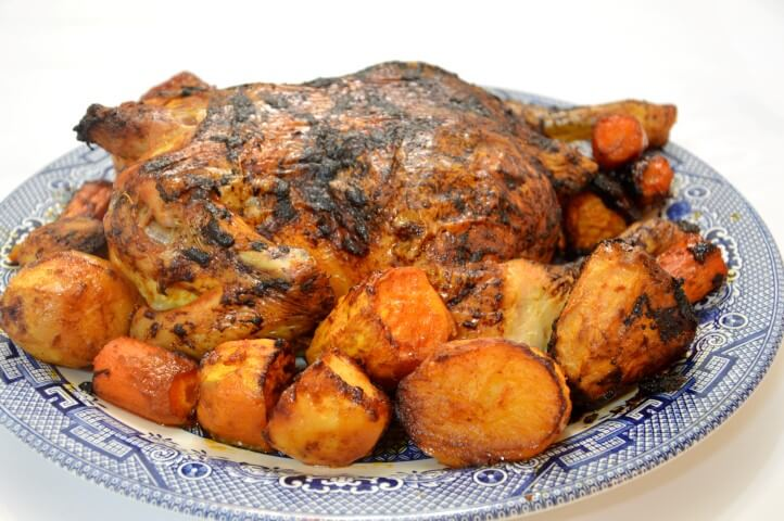 עוף שלם בתנור