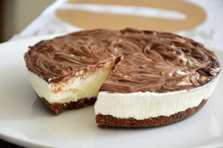 עוגת גבינה ונוטלה