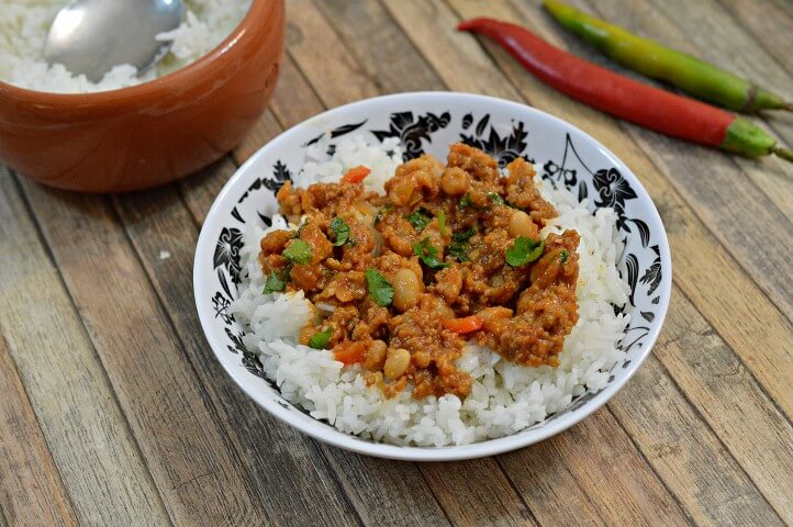 צילי קון קרנה עם אורז