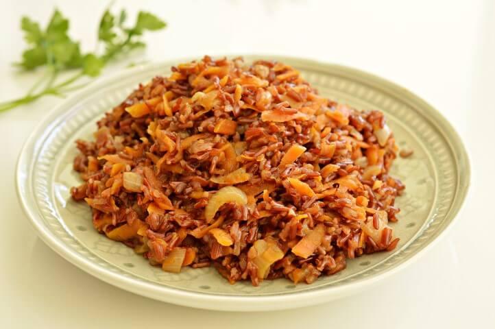 אורז אדום עם גזר