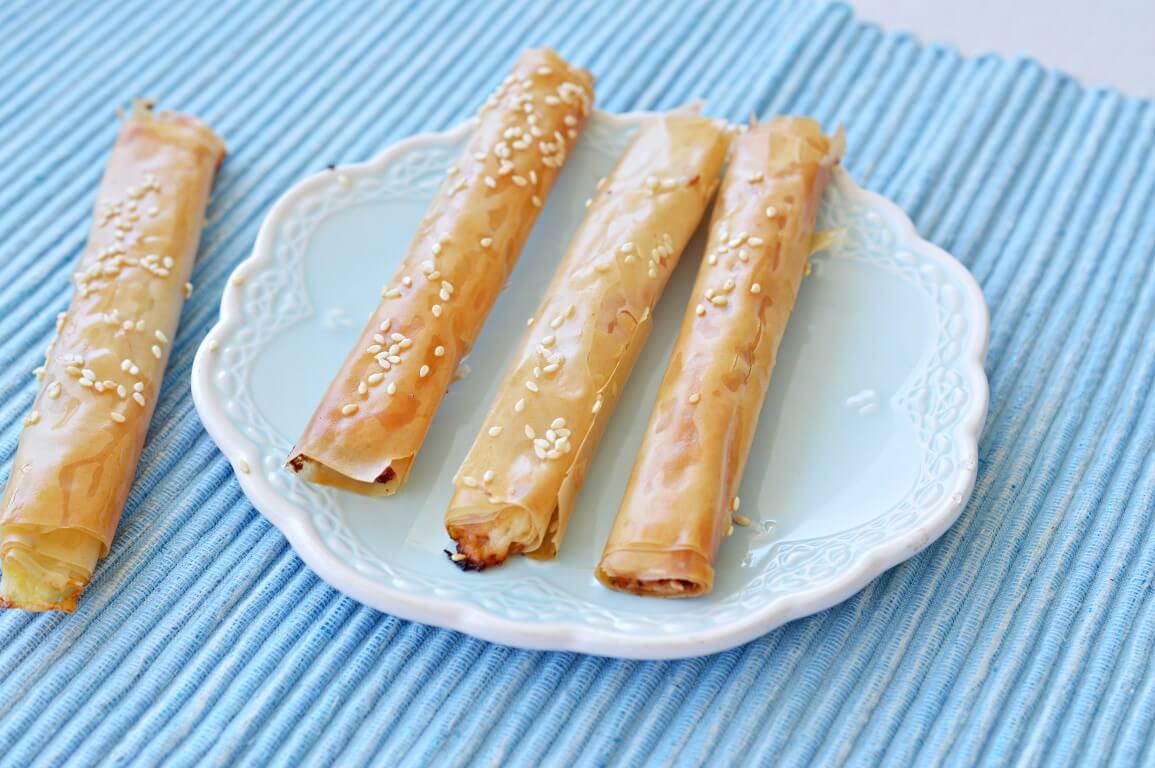 אצבעות פילו במילוי גבינה