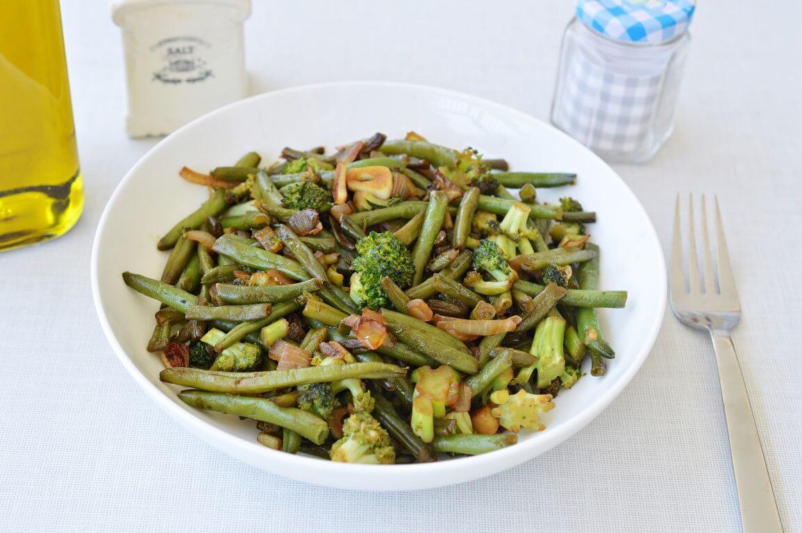 שעועית ירוקה וברוקולי