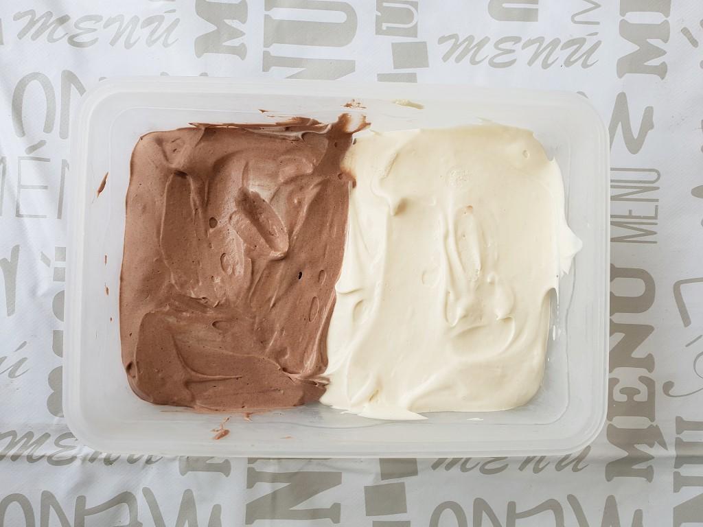 גלידת שוקו וניל