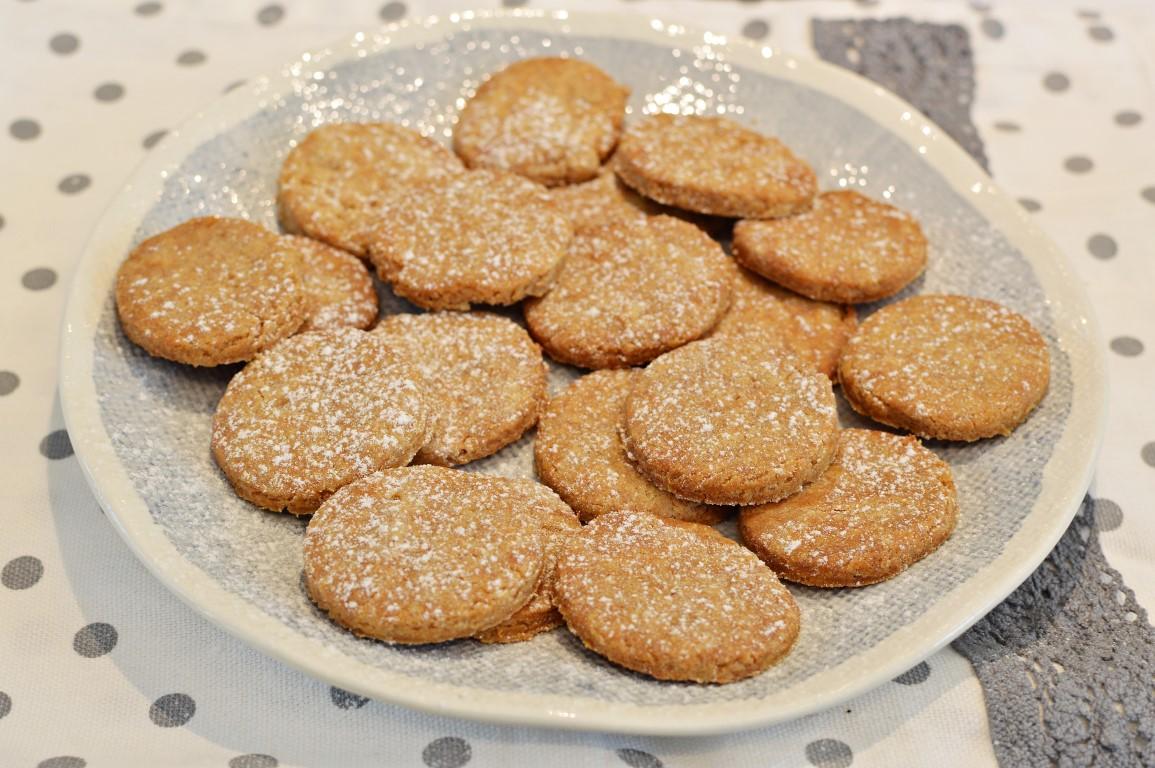 עוגיות טחינה ודבש