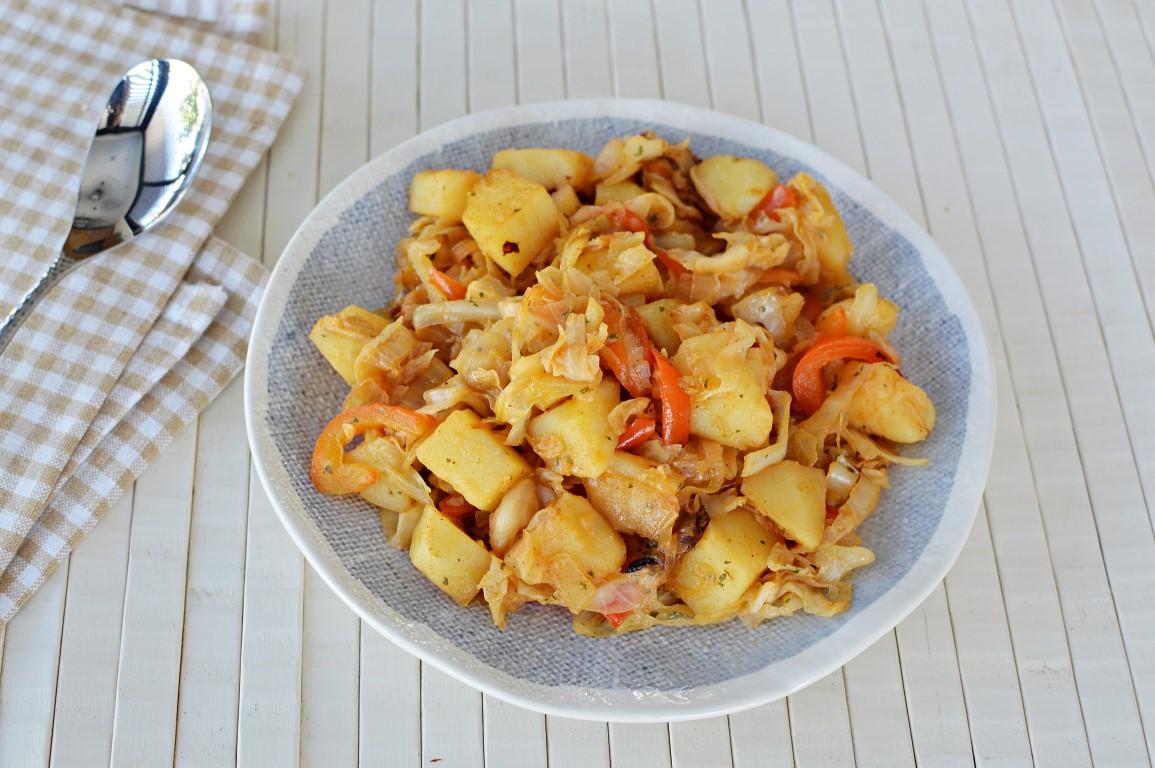 תבשיל כרוב עם תפוח אדמה