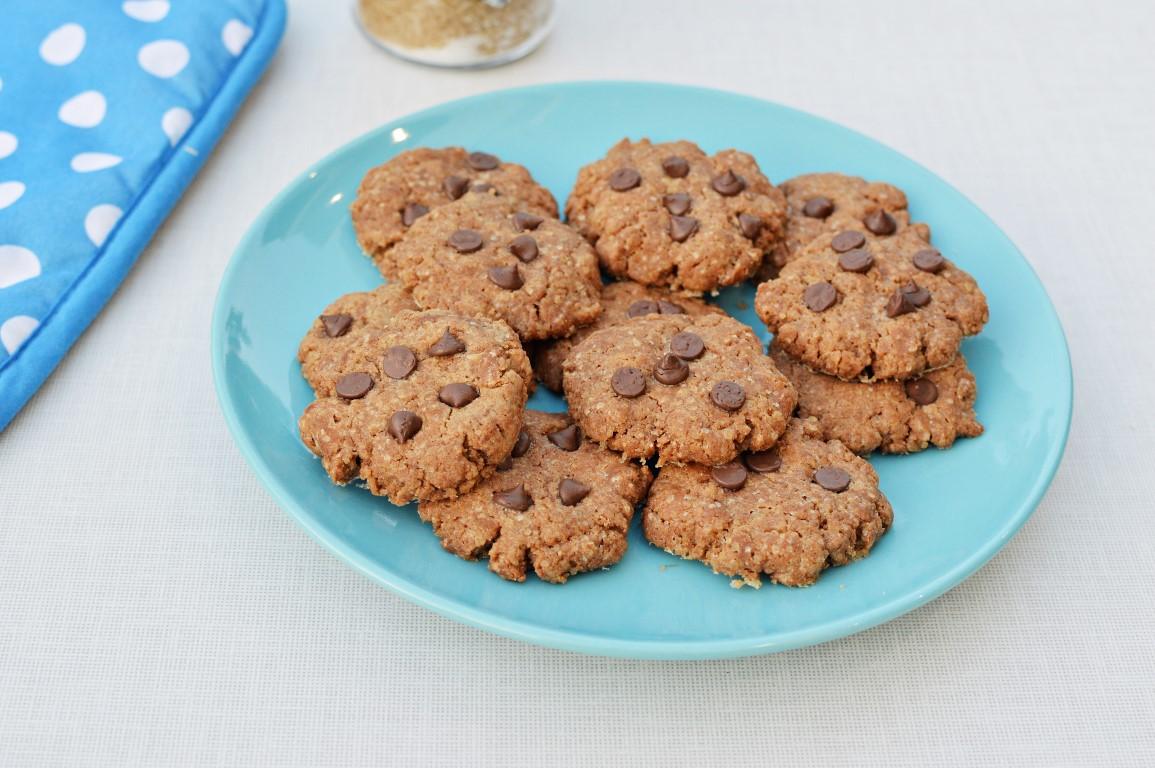 עוגיות טחינה ושוקולד
