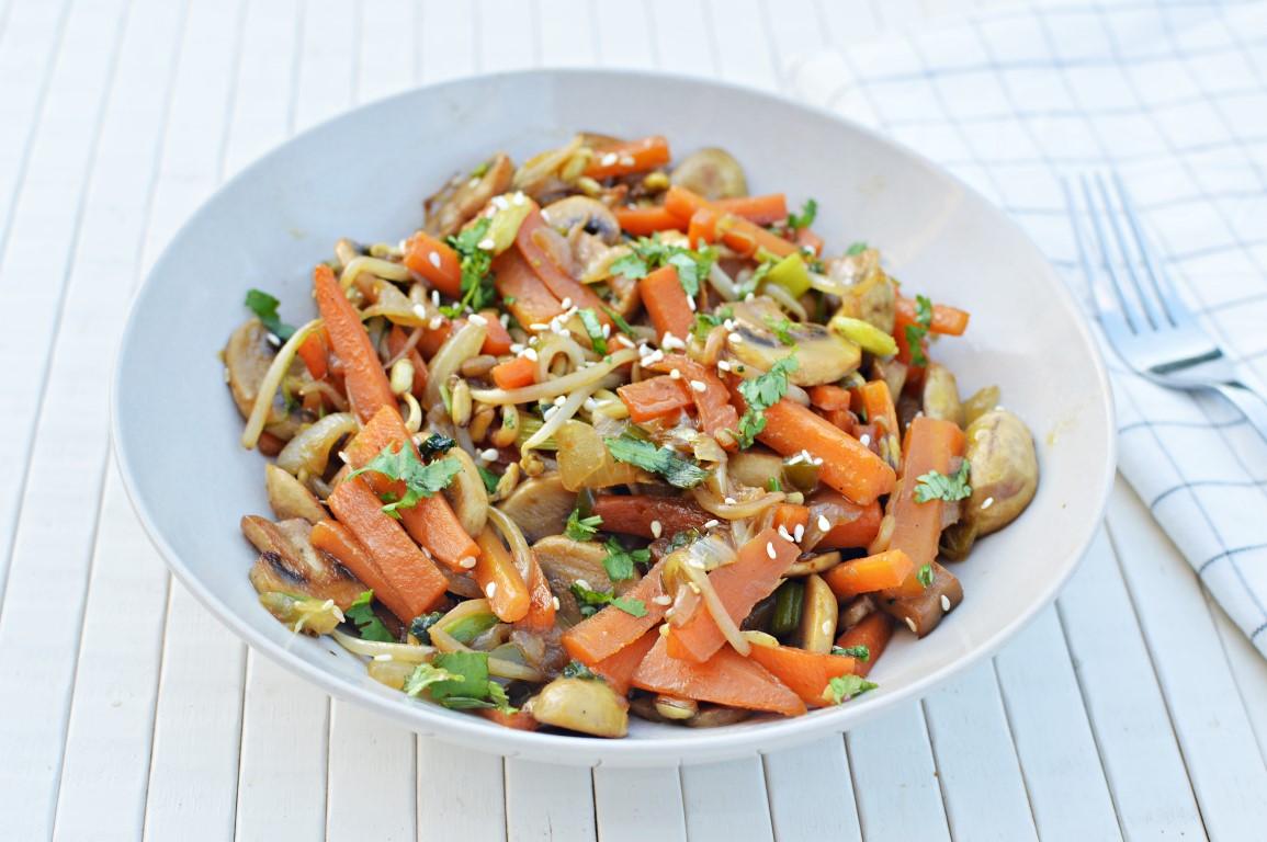 תבשיל ירקות אסייתי