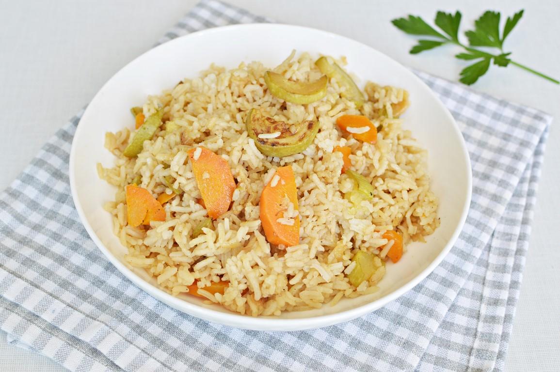 אורז עם קישוא וגזר