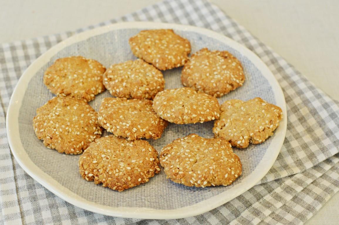 עוגיות טחינה מקמח שקדים